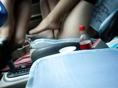 Behaarte Muschi Frau Sex in geparkten Auto Doggy auf Vordersitz