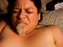 ALMA Smego HART GEFICKT MIT Mund voller Kondome