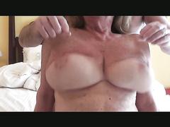 Für Big Natural Tits Lovers Extreme Tit Nippel Spiel DDD Cup Brüste
