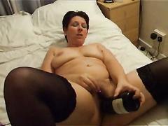 Orgasmus Video von meiner Frau immer sich der mit einer Flasche Bolly